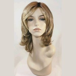 Raquel Welch Goddess Wig, Blonde Brown, Lace Front